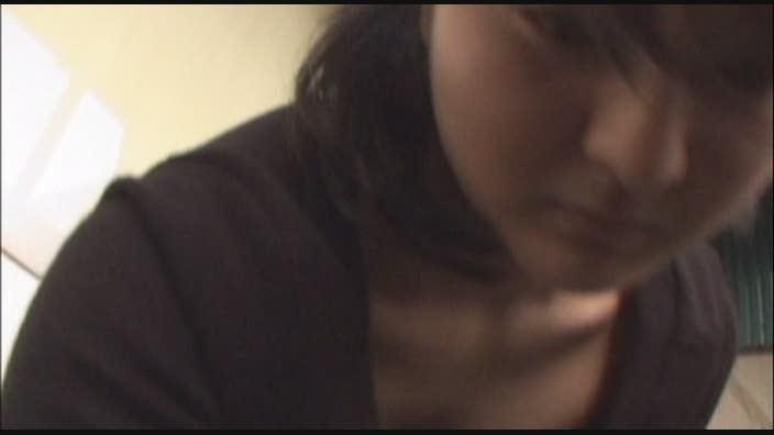 乃木坂にいそうな美少女が中出し懇願!オヤジのちんぽで輪姦