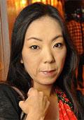 るみ 40歳 厚化粧の四十路熟女