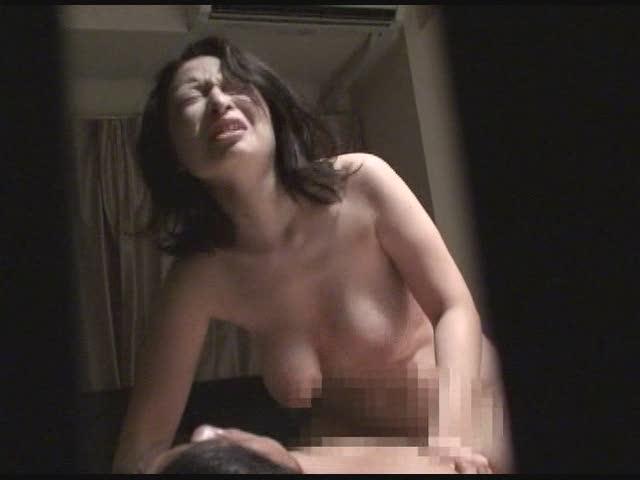 熟女生主が引退枠で開き直って全裸BANの動画 アダルト ニコ生 |