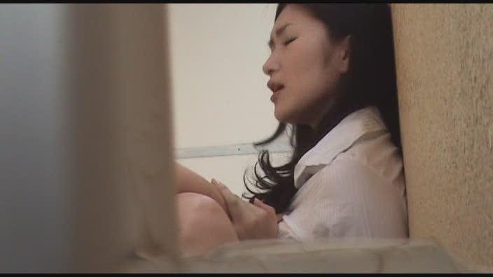 【無修正/ライブチャット】めちゃ×2可愛いノーブラの美巨乳