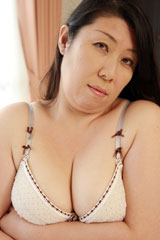 beforeみさき 42歳 爆乳豊満熟女after