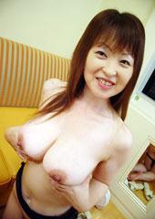 before三十路妻不倫巨乳フェチ 小百合・奈々・恵美子after