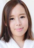 しおり 22歳 Jカップの爆乳女の子
