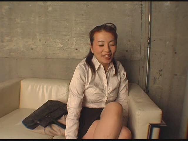 「素人専科」セレブ妻オイルぬりテカエステ隠し撮り映像74