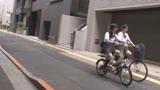 自転車の椅子に媚薬を塗られ通学路でも我慢できずサドルオナニーをするほど発情しまくる女子校生2