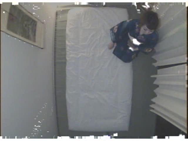 - エロ画像jp ハミマン!パンティーからチラリと見える