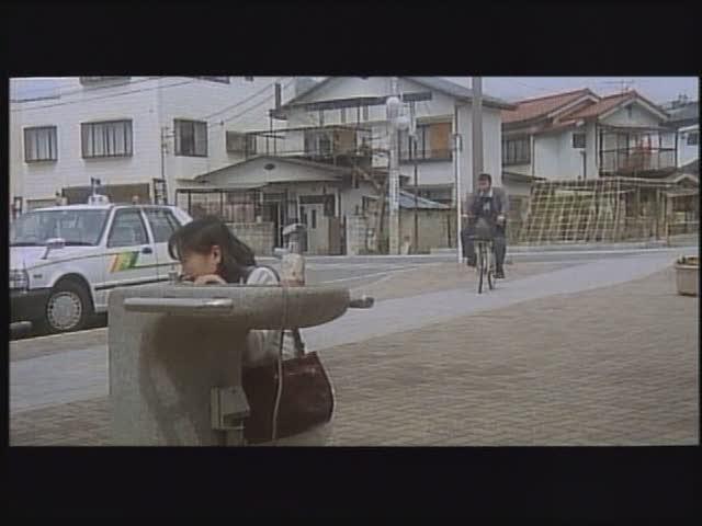 - エロ動画 329 『素人・生着替え』目撃!更衣室・潜り撮り