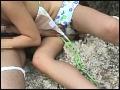 海水浴場で島SHIMANCHU人を巨乳ビキニ隊が逆ナンパ!!9