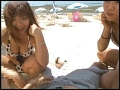 海水浴場で島SHIMANCHU人を巨乳ビキニ隊が逆ナンパ!!2