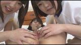 センズリ用 美少女たちのつるりんま○こ見せつけ挑発×レズビアン31