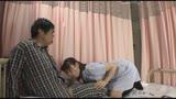 「『おばさんで本当にいいの?』若くて硬い勃起角度150度の少年チ○ポに抱きつかれた看護師はヤられても本当は嫌じゃない」VOL.834