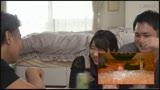 コタツの中で内緒で悪戯「ちょっと!?彼氏に気づかれちゃうよぉ!」カレの友人に寝取られ本気で生SEX!5