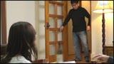 「そんなにイジったらおばさん…したくなっちゃう」旦那が隣の部屋にいて声が出せない状況で猛烈SEX!!6