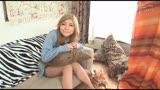 元ヤン金髪ギャルなのに処女というギャップが驚きのスタイル抜群な18才を彼女の自宅でヴァージン喪失撮影。 成宮由香3