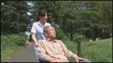還暦・五十路おばちゃんヘルパーたちの老人性介護物語 6組の介護現場ドキュメンタリー映像/