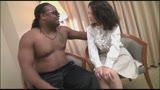 Iカップヤリマン美熟女が、念願の極太黒人チ●ポでハメ狂い!22