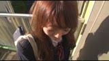 毎朝通勤途中に見かける女子校生のパンチラが見えてヤリタイと思ったら、彼女もメコスジ濡れ濡れヤリタガール。/