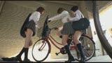 これ見せパンブルマだから! いつも駐輪所で出会う女子学生が、からかいながらブルマを見せてきたけど、僕がエッチな目で見るもんだから女子も勝手に興奮してエッチできちゃった。/