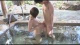 混浴温泉でママ友たちのデカパイが目の前に!湯舟から飛び出した元気チ〇ポに奥様たちも大興奮。洗うふりして握りしめたイチモツをマ〇コに誘う巨乳ママたち15人スペシャル240分18