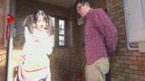 妹の友達は小悪魔ぷり尻ヤリマン!ミニスカパンチラ誘惑にヤラレた兄と父。妹や母にバレないようにドキドキハメハメ!15
