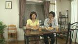 絶対に僕から視線を外さない母さんの愛欲セックス 矢部寿恵 42歳0