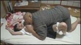「許して…中だけは…」父に犯され続けた娘の近〇相姦映像記録33