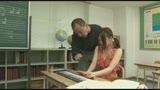 個別指導のピアノ教室は女の子にイタズラし放題!アナタならどうする!?25