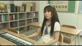 個別指導のピアノ教室は女の子にイタズラし放題!アナタならどうする!?33