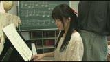 個別指導のピアノ教室は女の子にイタズラし放題!アナタならどうする!?6