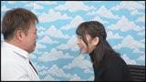 横浜で見つけた心優しい巨乳の人妻さん 童貞くんのオナニーのお手伝いのつもりがセックス練習ってことで素股していてヌルっと入って筆おろし!?3/