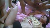 ザ・レ〇プ映像 夫の目の前でレ〇プされる人妻 今井乃愛22歳14