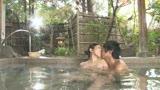 憧れの女上司とふたりで地方出張に行ったら急遽現地の温泉宿に一泊することになりました。 小野さち子37