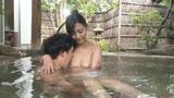 憧れの女上司とふたりで地方出張に行ったら急遽現地の温泉宿に一泊することになりました。 並木塔子37