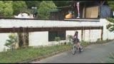 自転車の椅子に媚薬を塗られ通学路でも我慢できずサドルオナニーをするほど発情しまくる女子校生43