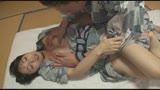 ラブラブ夫婦大実験!混浴で夫がとなりにいても妻は他人の勃起チ○ポを無視できない!?10回チラ見したらデカチン寝とられ罰ゲーム!36