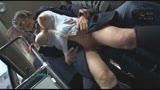 満員バスで背後から制服越しにねっとり乳揉み痴漢され腰をクネらせ感じまくる巨乳女子○生 419