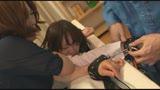 親子丼拘束 〜繋がれたまま互いにイキ潮を浴びせられる母と娘〜17