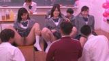 毎年恒例 私立○○学園3年H組の文化祭の模擬店はなんとハプニングバー27