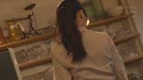 カフェ娘連鎖痴漢 営業中の店内でイキ堕ちた言いなり店員を利用する数珠つなぎ痴漢計画0