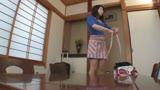 京都から上京した嫁の母が… 五十路義母 二ノ宮慶子 53歳5