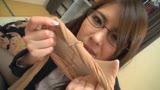 神メガネOL 愛乃零 眼鏡OLスーツの美脚を包んだ生ナマしいパンストを完全着衣でムレた足裏からつま先を味わい尽くす!24
