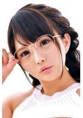 こはるちゃん 22歳 眼鏡美少女