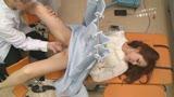 流出!ちょいワル産婦人科医の本●診察VTR(4)〜大股開きでビシャビシャ潮吹いて中●しまでされてます10