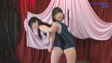 パイパンスク水美少女が恥ずかしいリクエストにピチャピチャ応えるけしからん生放送(2)完全版/