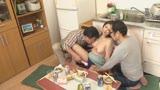 面倒見が良すぎるアパートの管理人のおばちゃんはポコチンの世話もしてくれるのか(3)21