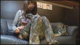 マン喫オナニー盗撮 1人でアソコをくちゅくちゅ夢中で触る素人女性/