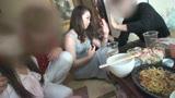 公民館2 年末の忘年会にきていたマキシワンピの奥さんの泥酔ねとられビデオです7
