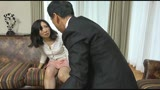 恥辱に濡れる熟女 娘の結婚式の夜、五十路母は新郎に…夫の上司に何度も中出しされ、壊れてゆく妻22