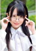 地味だけどエロイ!すぐにイクイク!全身性感帯!S級素人出演!!Vol.005 街の本屋さんで働く眼鏡で控えめ系女子は実は…調教されたがるアニオタど変態娘だった。