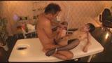 都内某所に男の反応を見ながら、自らの身体にオイルをしみこませ激しく腰を振る淫乱痴女エステティシャンがいるとの情報を仕入れ早速潜入調査開始!!27
